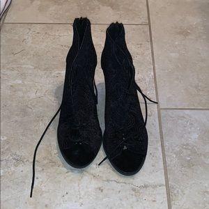 Black Heels Bootie